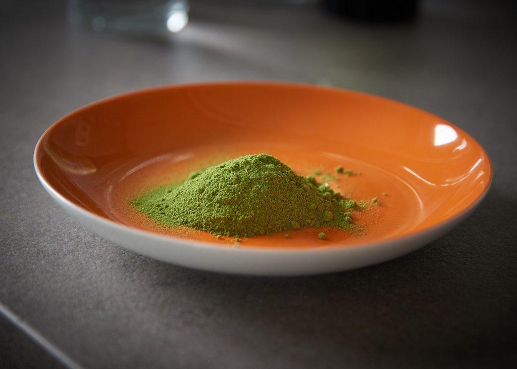 Moringa oleifera prášok z listov