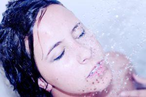 vypadávanie vlasov po umytí