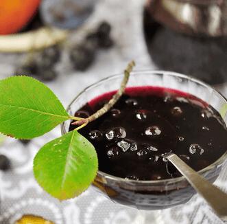 Arónia čiernoplodá kompót - recepty