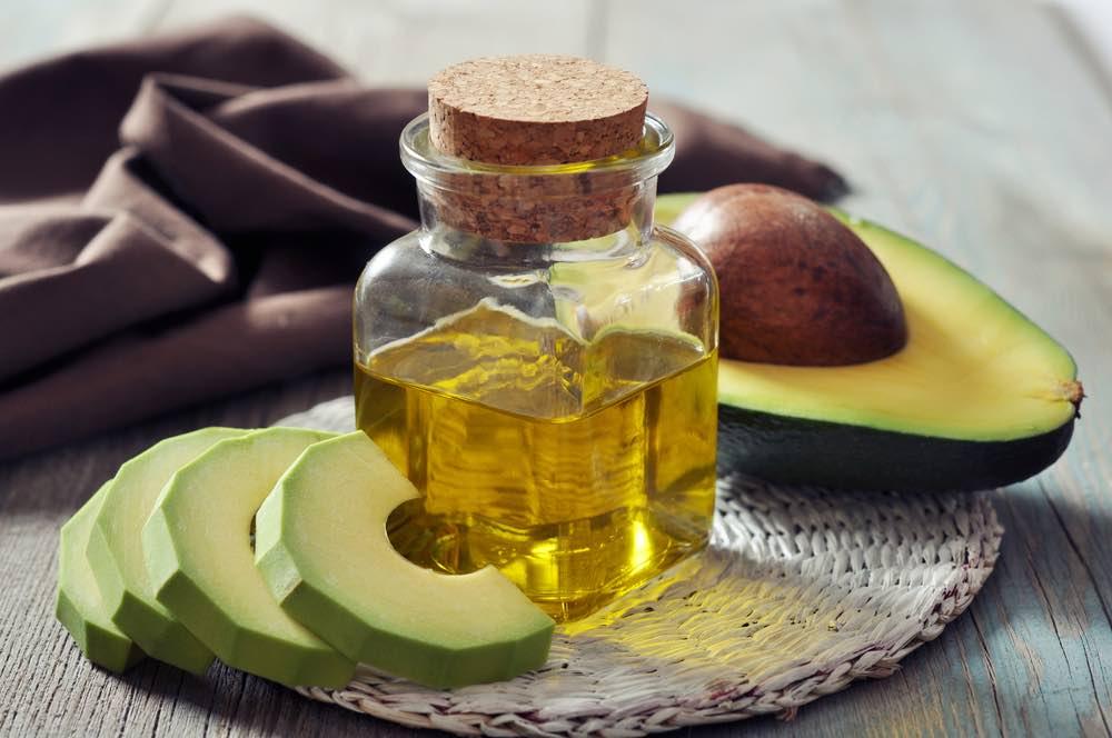 Avokádový olej s avokádom