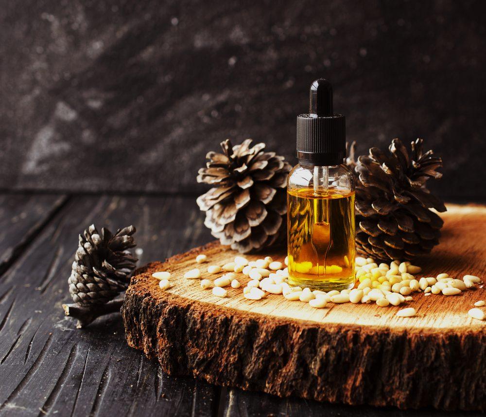 Cédrový olej so šiškami