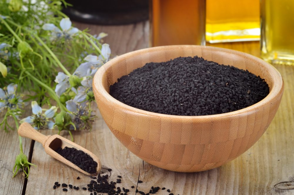 Miska čiernej rasce s olejom