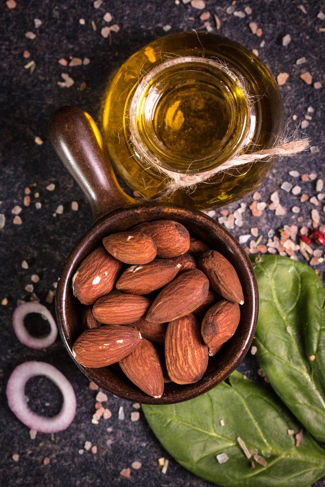 Mandle a mandľový olej