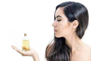 Mandľový olej - účinky na vlasy