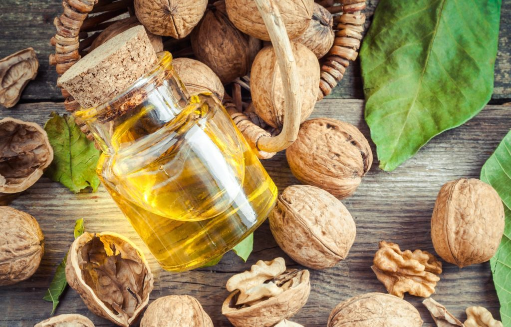 Olej z vlašských orechov malá fľaška