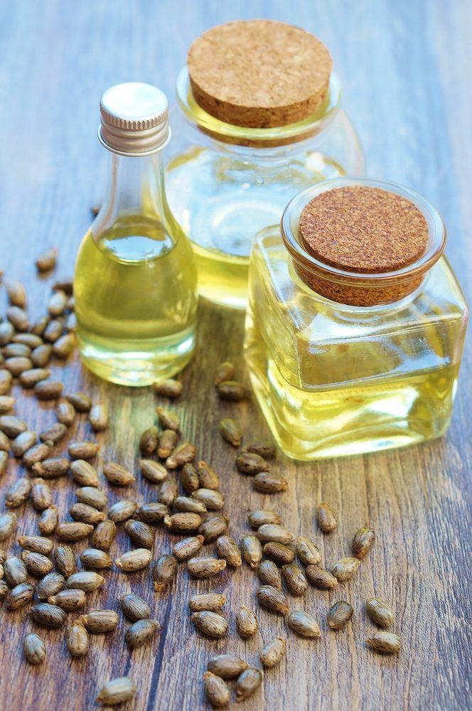 Ricínový olej so semenami z ricínovníka