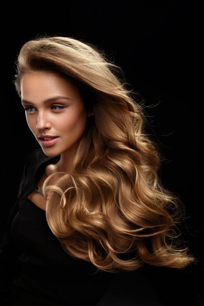 Zravé vlasy sú znakom hormonálnej rovnováhy