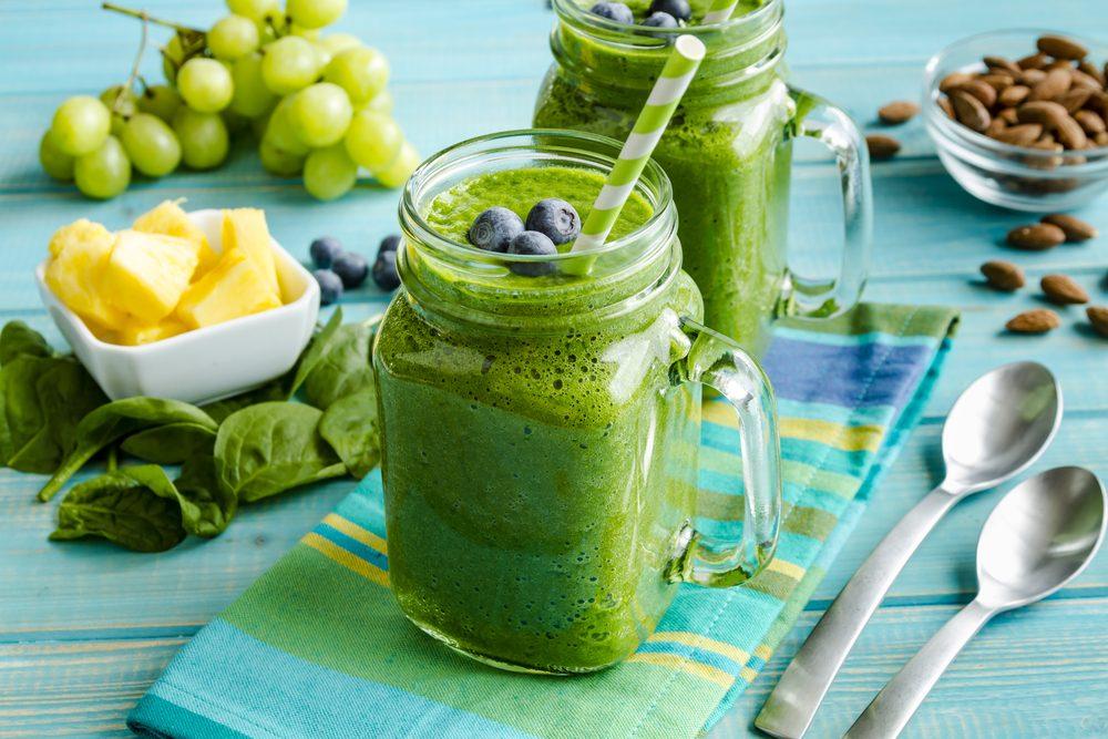 Zelené smoothie na chudnutie so špenátom