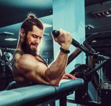 Posilňovacie stroje pre mužov na domáce cvičenie
