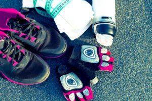 Rukavice na cvičenie pomáhajú chrániť pokožku voči odreninám