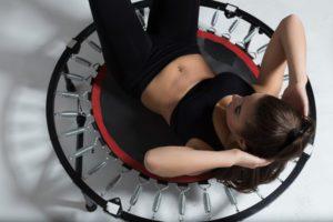 Cvičenie na trampolíne nie je len o skákaní