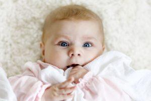 Reflux je u novorodencov častý