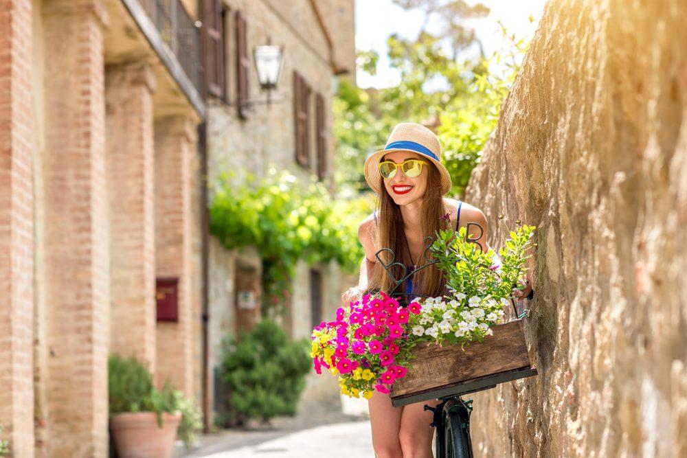 Čarovná kvetinovo-ovocmá vôňa Lancome La Vie Est Belle pre jemné a zmyselné ženy-
