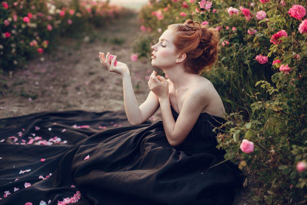 Trussardi Delicate Rose podčiarkuje jemnú, zmyselnú a pôabnú osobnosť svojej nositeľky.