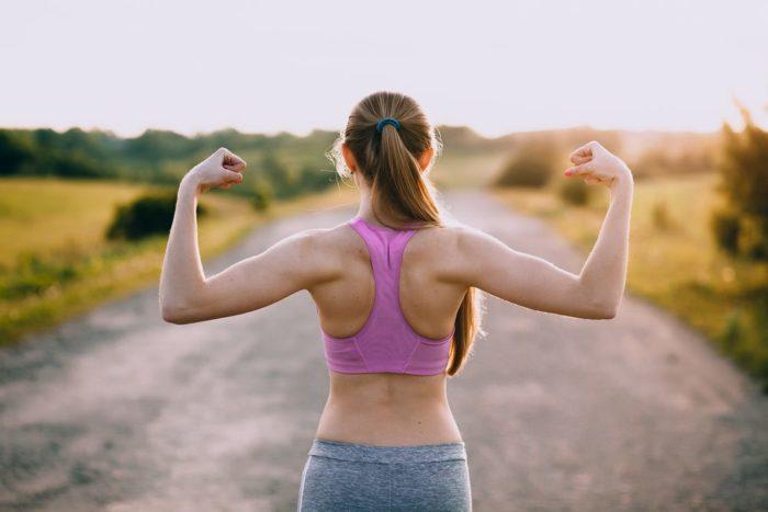 Žena s pevným chrbtom