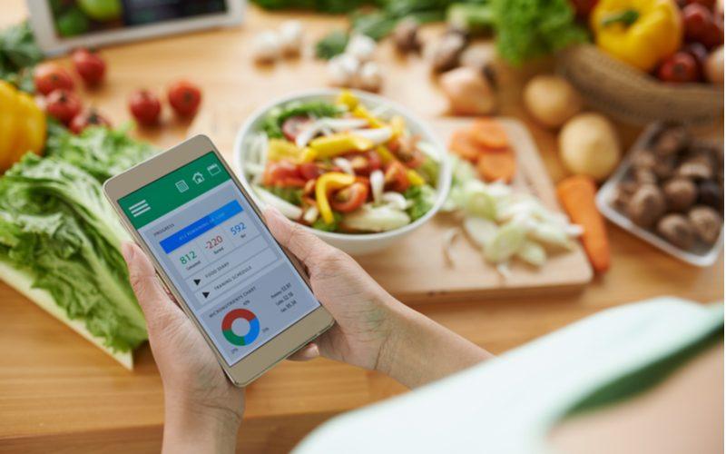 v kalorických tabuľkách či v mobilnej aplikácii nájdete všetky informácie o potravinách
