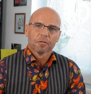 portrétová fotografia doktora igora bukovského