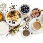 10 tipov na zdravé raňajky pre štíhlu líniu - prečo raňajkovať a čo si ráno dopriať? + 9 receptov na zdravé raňajky